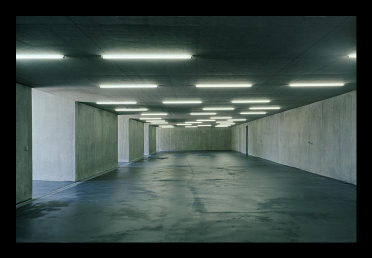 A beautiful garage panfilo for Beautiful garage interiors