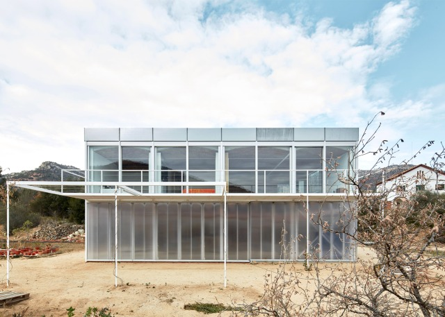 OE House; Fake Industries Architectural Agonism; Aixopluc; Spain