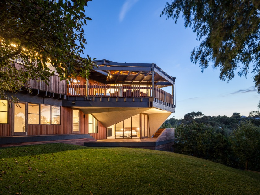 Mihaly Slocombe; Architecture; House; Renovation; Kevin Borland; Evening
