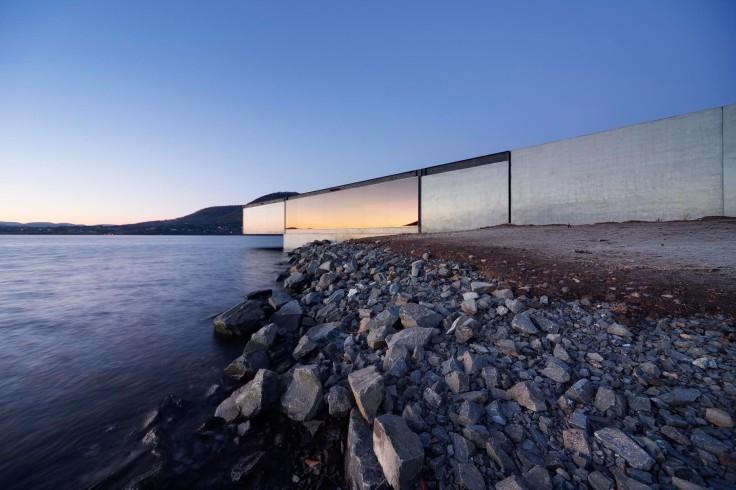 Architecture; Derwent River; Tasmania; Hobart; Room 11